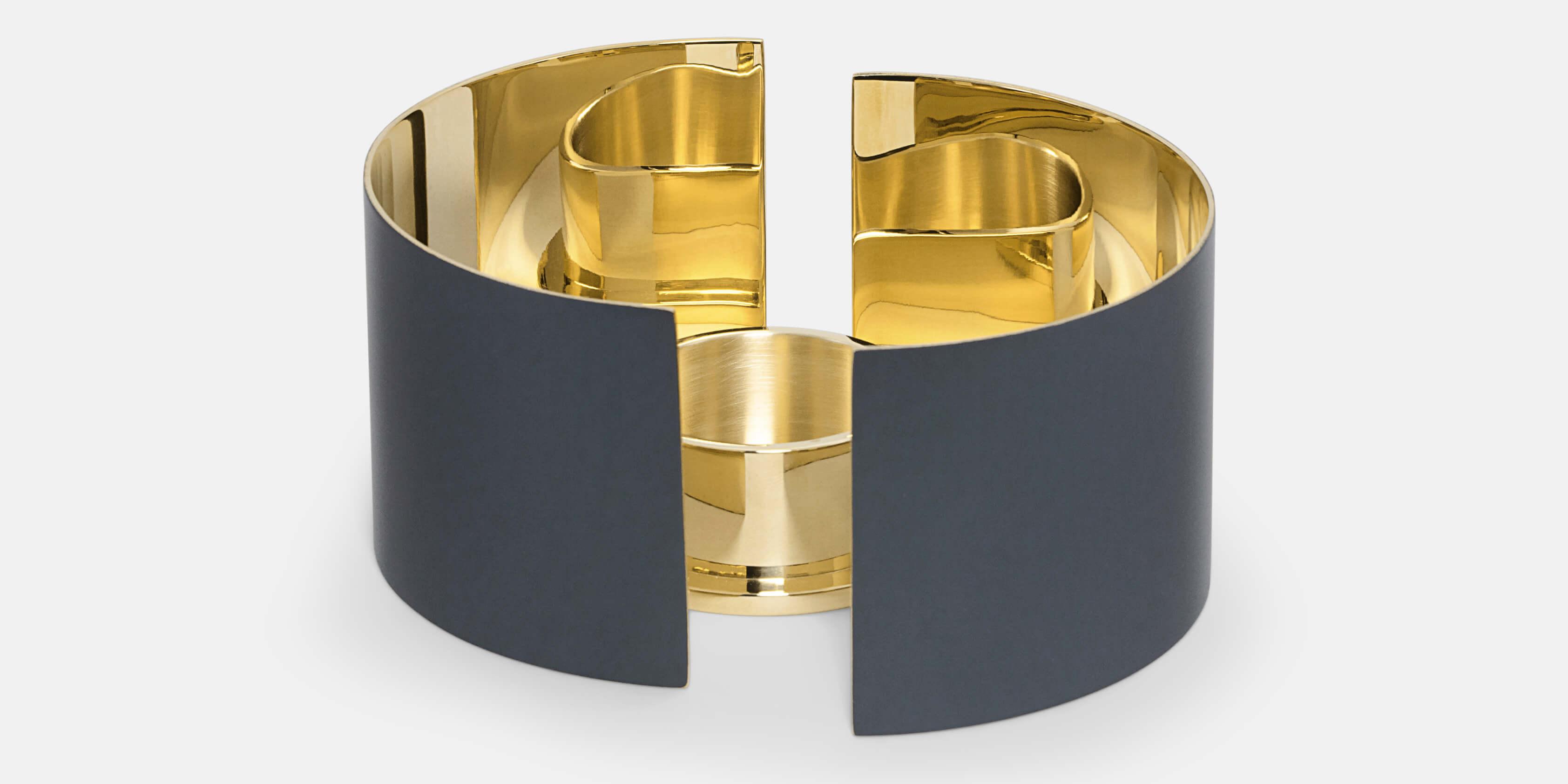 Sveriges Riksvapen Tre Kronor - Small Gold I Skultuna Messingsbruk 1607 0da2e793cf611