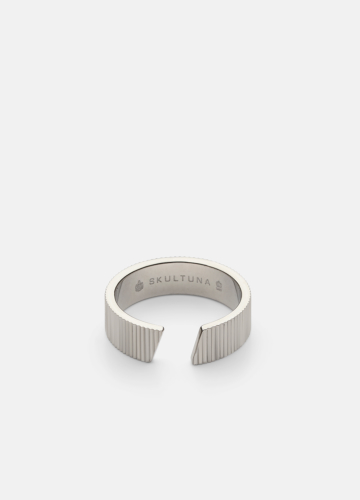 Ribbed Ring Thick - Polished Steel