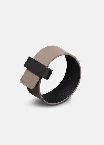 Clasp Leather Bracelet Thin Black - Grey